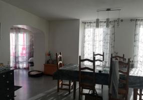 7 Bedrooms Bedrooms,2 BathroomsBathrooms,Maison,1113